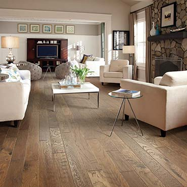 Shaw Hardwoods Flooring in Highland, IL